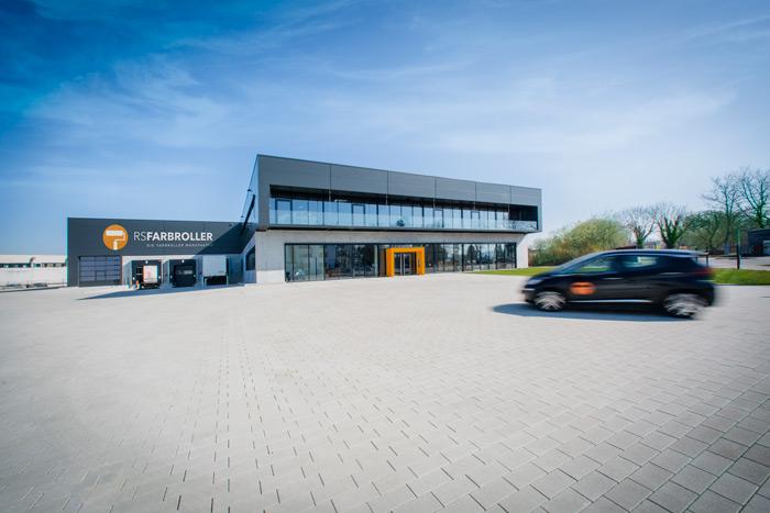 RS-Farbroller-Manufaktur-Baienfurt-Profi-Farbrollen-und-Walzen-Gebäude